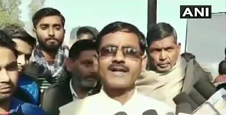 VIDEO: जो लोग कहते हैं कि भारत में असुरक्षित महसूस कर रहे हैं, उन्हें बम से उड़ा देना चाहिए- बीजेपी विधायक 12