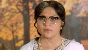 VIDEO & PICS: फिल्मी पर्दे पर मां का सबसे बेहतरीन किरदार निभाने वाली निरुपा रॉय 3