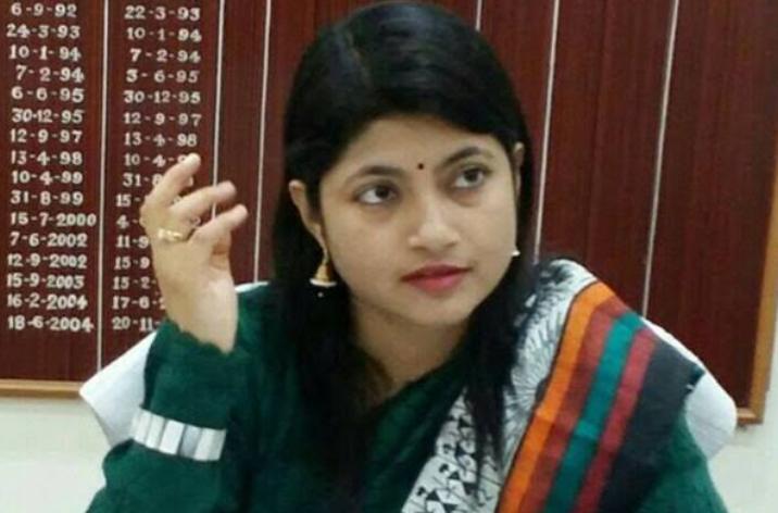 यूपी: IAS चंद्रकला पर केस दर्ज, CBI कर सकती है गिरफ्तार 2