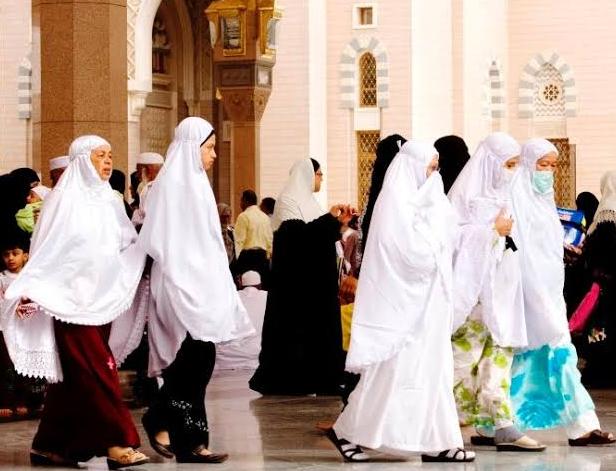हज पर जाने वाली 45 वर्ष से अधिक उम्र की महिलाओं को सऊदी अरब की सरकार ने दी बड़ी राहत! 5