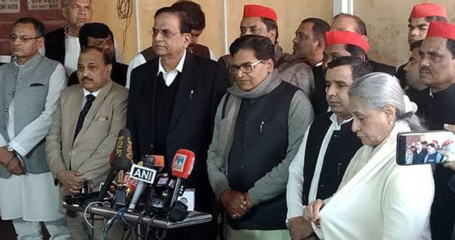 यूपी CBI रेड: एक साथ आये SP- BSP, मोदी सरकार पर जमकर बोला हमला! 8