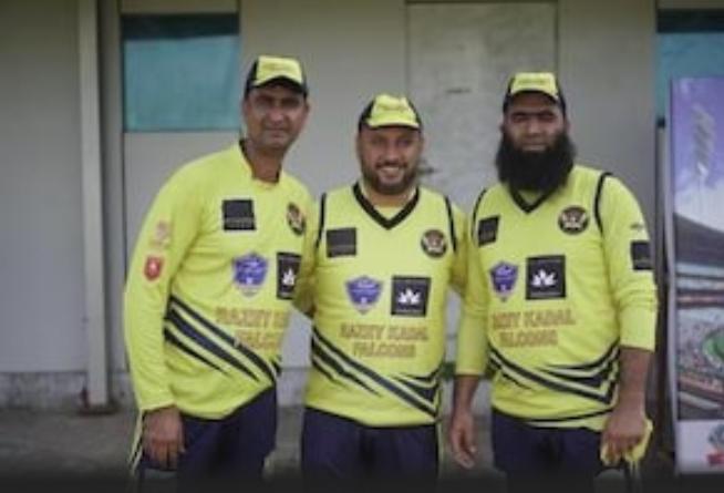 क्रिकेट के मैदान पर कश्मीरी पंडित और मुस्लिम खिलाड़ी की जोड़ी ने रचा इतिहास! 9