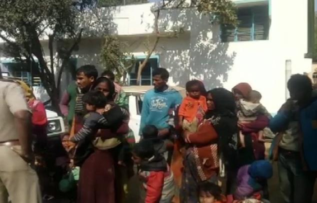 बांग्लादेश सीमा से घुसपैठ की कोशिश कर रहे 31 रोहिंग्याओं को भारतीय सुरक्षा बल ने पकड़ा! 5
