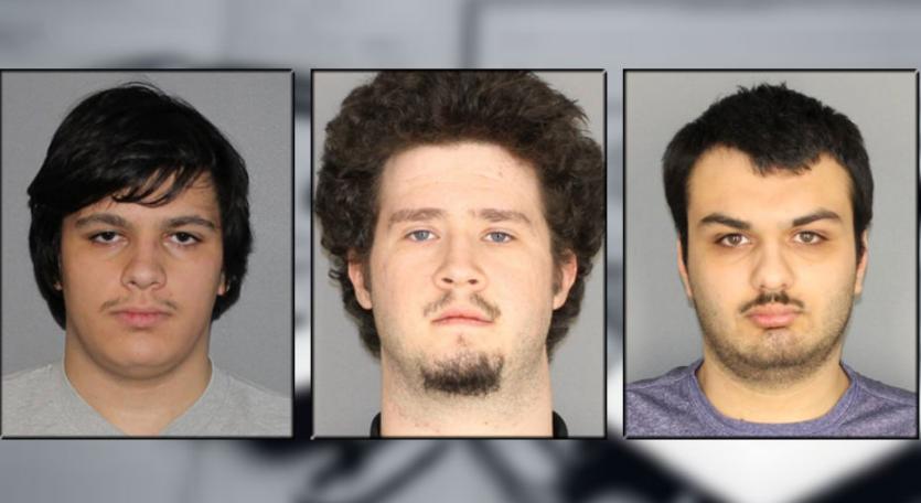 अमेरिका: मुसलमानों पर बड़े हमले की साजिश को पुलिस ने किया नाकाम, चार गिरफ्तार 16