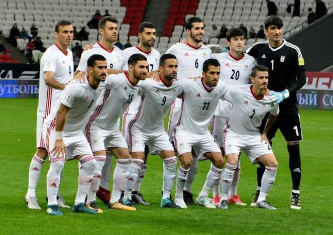 ईरान की फुटबाल टीम से नाइकी कंपनी से करार खत्म, नये ब्रांड के जुते पहन कर उतरेंगे खिलाड़ी! 14