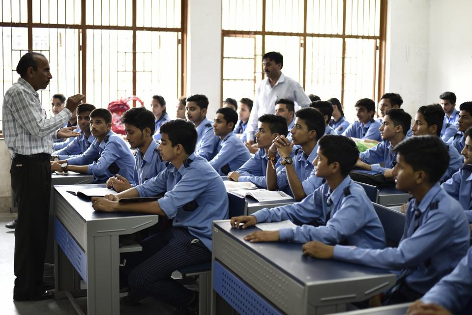 स्पोकन इंग्लिश पहल से दिल्ली सरकार के स्कूल में सकारात्मक परिणाम मिले : DoE रिपोर्ट 1