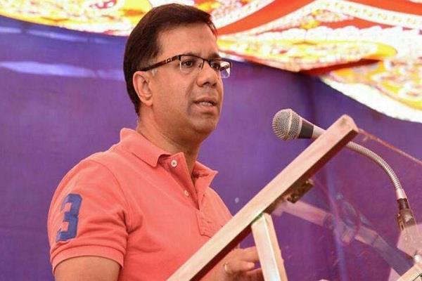 कांग्रेस का दावा: जिस गोवा मंत्री का 'राफेल ऑडियो' आया सामने, मोदी और अमित शाह राणे को डरा रहे हैं ! 10