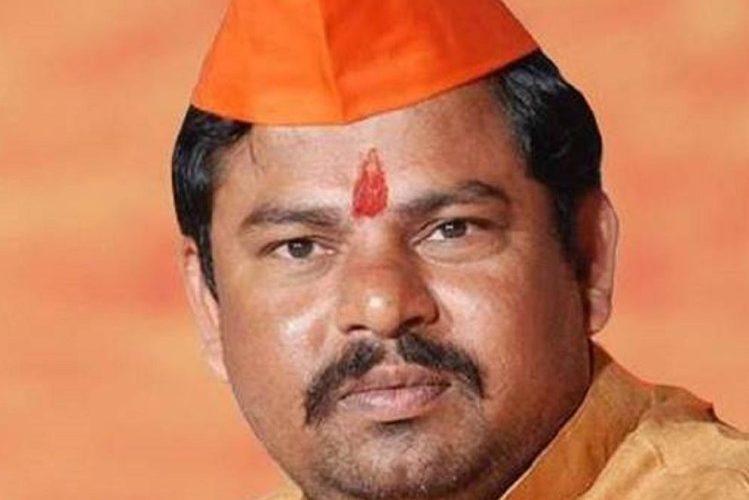 तेलंगाना पुलिस ने  भाजपा विधायक को बुलेट प्रूफ कार का इस्तेमाल करने की सलाह दी 17