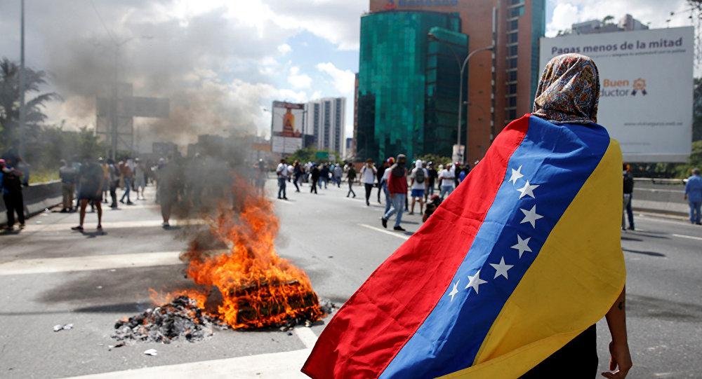 वेनेजुएला के मामलों में सैन्य हस्तक्षेप के खिलाफ रूस ने अमेरिका को दी चेतावनी 14