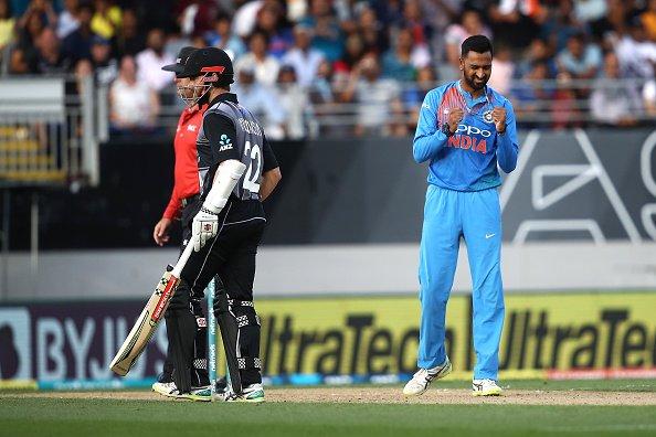 न्यूजीलैंड के खिलाफ़ टी-20: भारत को मिला 159 रनों का लक्ष्य 3