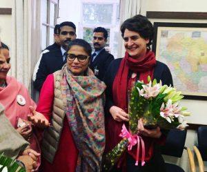 लखनऊ में प्रियंका गांधी का जबर्दस्त स्वागत, उमड़ा जनसैलाब! 1