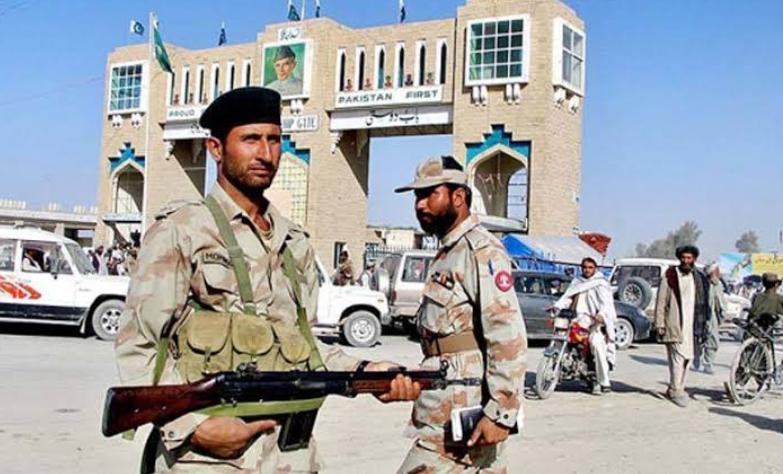 ईरान आर्मी पर हमला: क्या पाकिस्तान से संबंध बिगाड़ने के कारागार पर है? 9