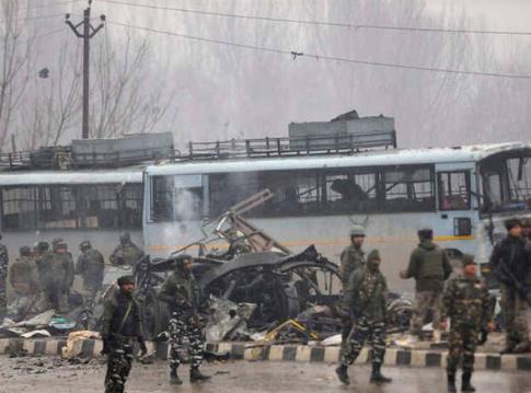 आतंकियों को खत्म करने के साथ ही बातचीत का रास्ता ही हल है कश्मीर का- प्रोफेसर राम पूनियानी 13