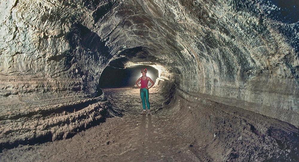 वैज्ञानिकों ने पृथ्वी के अंदर पाताल में एवरेस्ट से भी ऊंची चोटी का पता लगाया 8