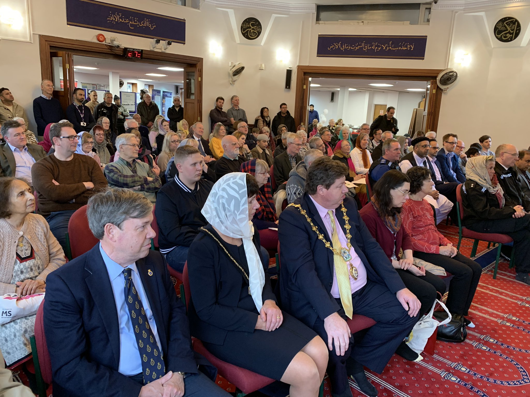 मेरी मस्जिद देखो: ब्रिटेन के 250 मस्जिदों की पहल! 7