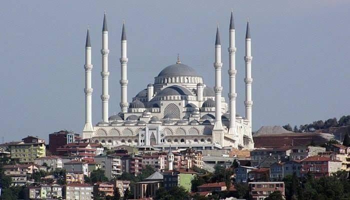 VIDEO: क्या तुर्की की सबसे बड़ी मस्जिद, दुनिया की सबसे खूबसूरत मस्जिद है? 9