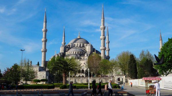 तुर्की की सबसे बड़ी मस्जिद का हुआ उदघाटन, 50 हज़ार ज़्यादा नमाज़ी एक साथ अदा करेंगे नमाज़ 10