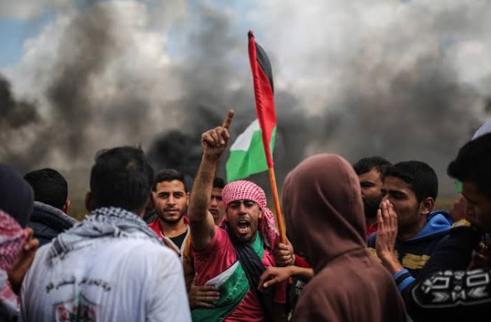इजरायल ने फलस्तीन पर हमला किया, एक युवक की मौत! 8