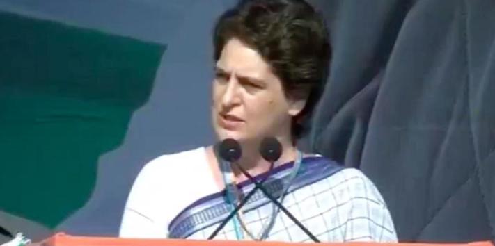 VIDEO: पहली बार प्रियंका गांधी ने रैली को संबोधित किया, बोली- 'नफरत फैलाई जा रही है' 1