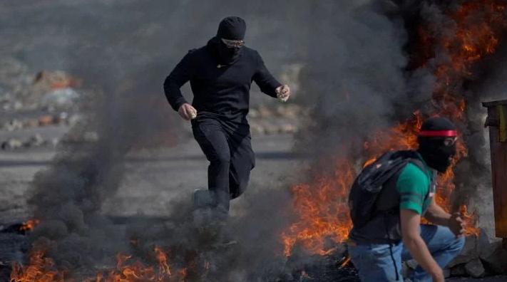 तीन इजरायली सैनिकों को मारने के बाद इजरायली सैनिकों की कार्रवाई में तीन फलस्तीनी युवक की मौत! 1