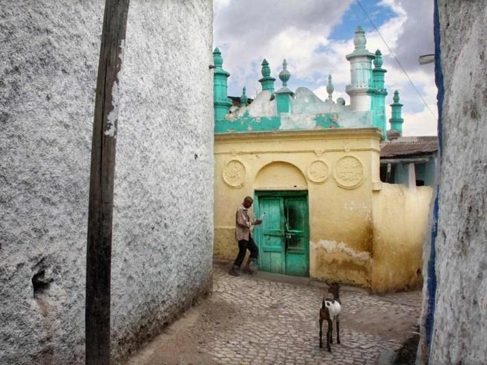 इस्लाम का चौथा पवित्र स्थान : वो शहर जहां एक वर्ग किलोमीटर में है 82 मस्जिदें जिसे 'शांति का शहर'भी कहा जात है 2