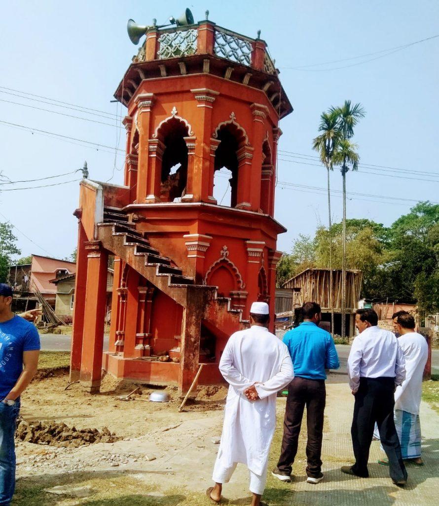 NH की वजह से विध्वंस होने वाले मीनार को शिफ्ट करने में मुसलमानों को मदद किया हिंदुओं ने 1
