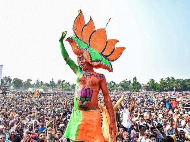भाजपा नेता का दावा- शिवसेना के 45 विधायक हमारे संपर्क में ! 19