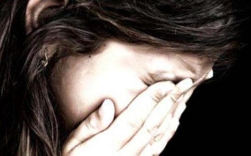 ज़ालिम महिला ने ढाई वर्षीय बेटी को चलती बस के सामने ढकेल दिया 6