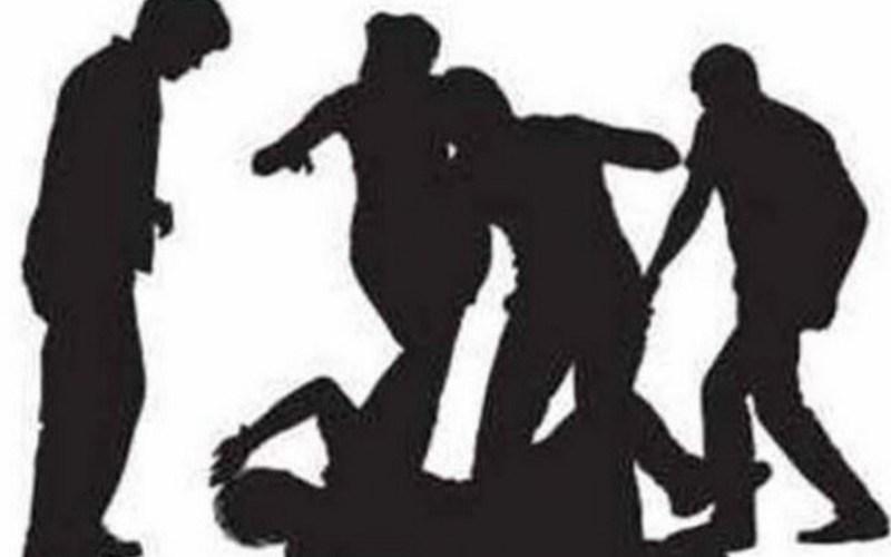 गुरुग्राम- इफ्तार के लिए दूध लेने जा रहे मुस्लिम डॉक्टर पर हमला, आरोपी दंगे के डर से..... 13