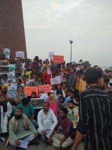 PICTURE- तबरेज़ अंसारी की हत्या को लेकर देश भर में विरोध प्रदर्शन ! 8