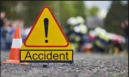संग्गा रेड्डी ज़िला में आर टी सी बस और टाटा ऐस में टकराव 3 लोगो की मौत 13