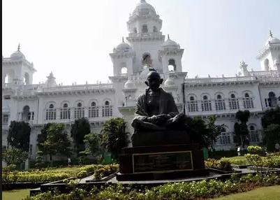 तेलंगाना विधानसभा के पास ट्रैफ़िक रोक 7