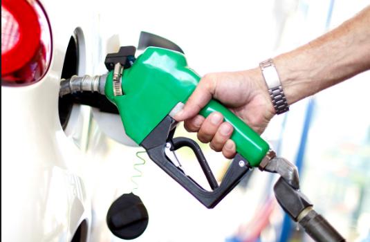 डीजल पांच पैसे सस्ता, पेट्रोल की कीमतें स्थिर