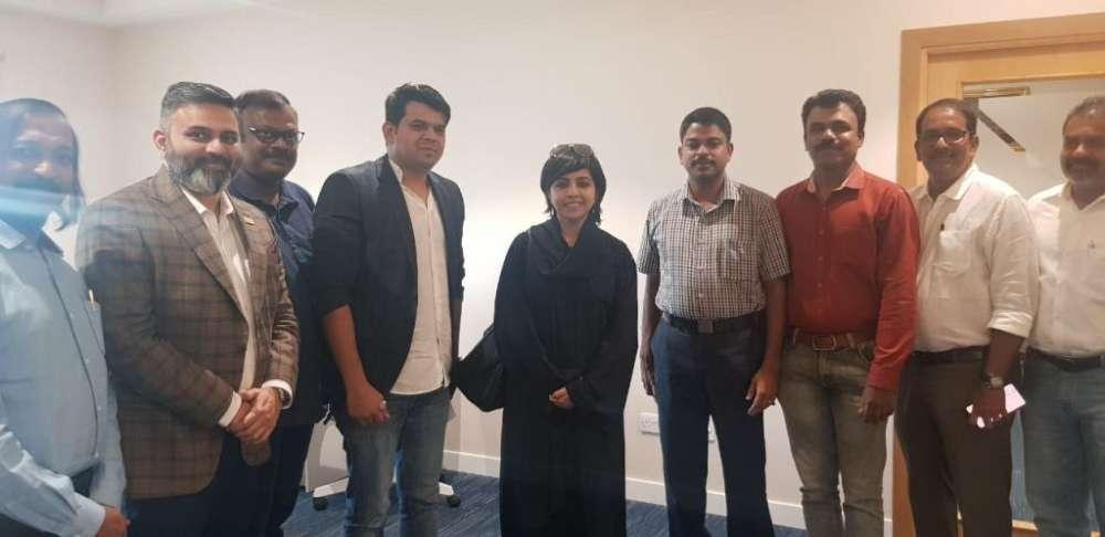 केरल की आईपीएस अधिकारी मेरिन जोसेफ ने रियाद में पहना अबाया, फोटो वायरल ! 1