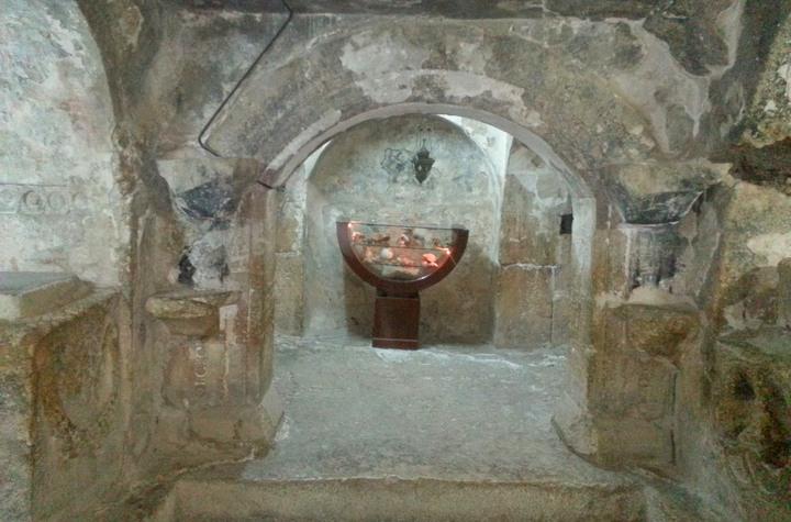 असहाबे अल कहफ : युवाओं का एक समूह जो धार्मिक उत्पीड़न से बचने के लिए एक गुफा के अंदर छिप गए और 300 साल बाद निकले 1