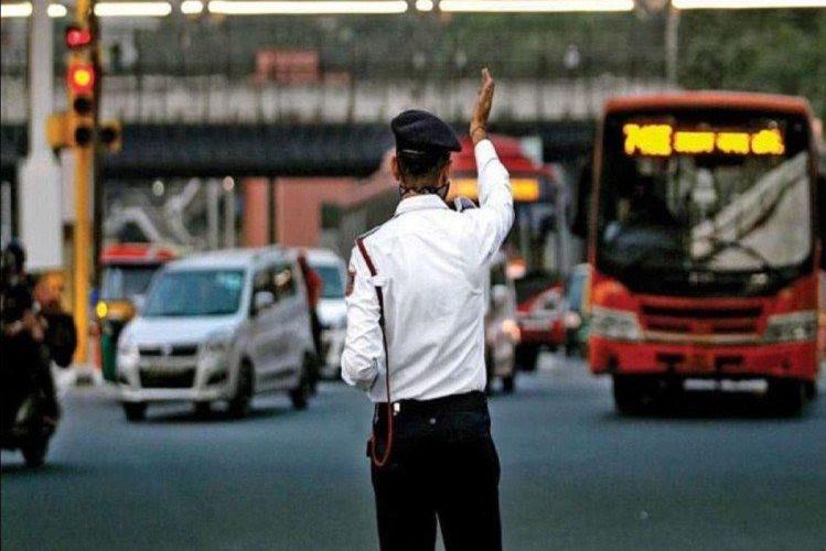 हैदराबाद में नए मोटर व्हीकल ऐक्ट के तहत जुर्माने वसूल 18