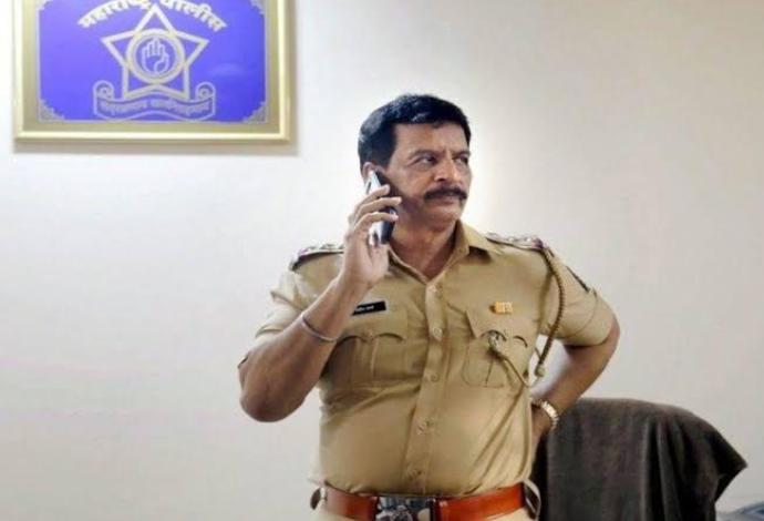 एनकाउंटर के लिए पहचान रखने वाले प्रदीप शर्मा ने पुलिस से दिया इस्तीफा! 2
