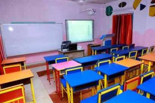 यूपी: सभी स्कूलों में छात्राएं 370 और तीन तलाक़ पर करेंगे चर्चा! 12