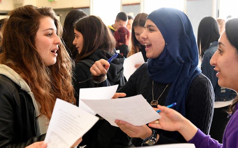 इस्लामिक आस्था के अनुसार चलने वाले ब्रिटिश स्कूलों ने जीसीएसई लीग में किया टॉप! 19
