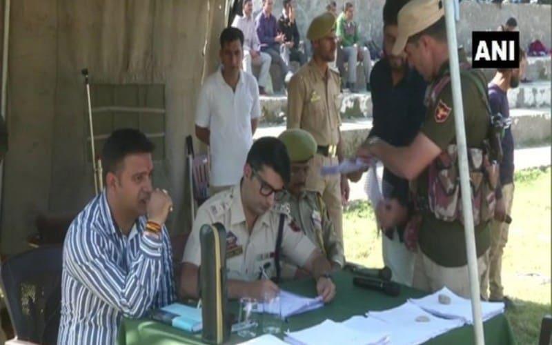जम्मू-कश्मीर में SPO भर्ती अभियान में हजारों युवाओं ने भाग लिया! 10