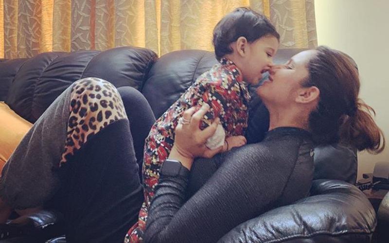 VIDEO: सानिया मिर्जा ने अपने बेटे के पहले जन्मदिन पर लिखा भावनात्मक संदेश, जानिये क्या कहा! 3