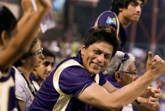 शाहरुख खान की टीम नाइट राइडर्स से जुड़े दुनिया के दो महान क्रिकेटर!