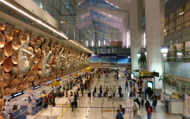 इंदिरा गांधी अंतर्राष्ट्रीय एयरपोर्ट पर संदिग्ध बैग मिलने से मचा हड़कंप, बढ़ाई गई सुरक्षा 7