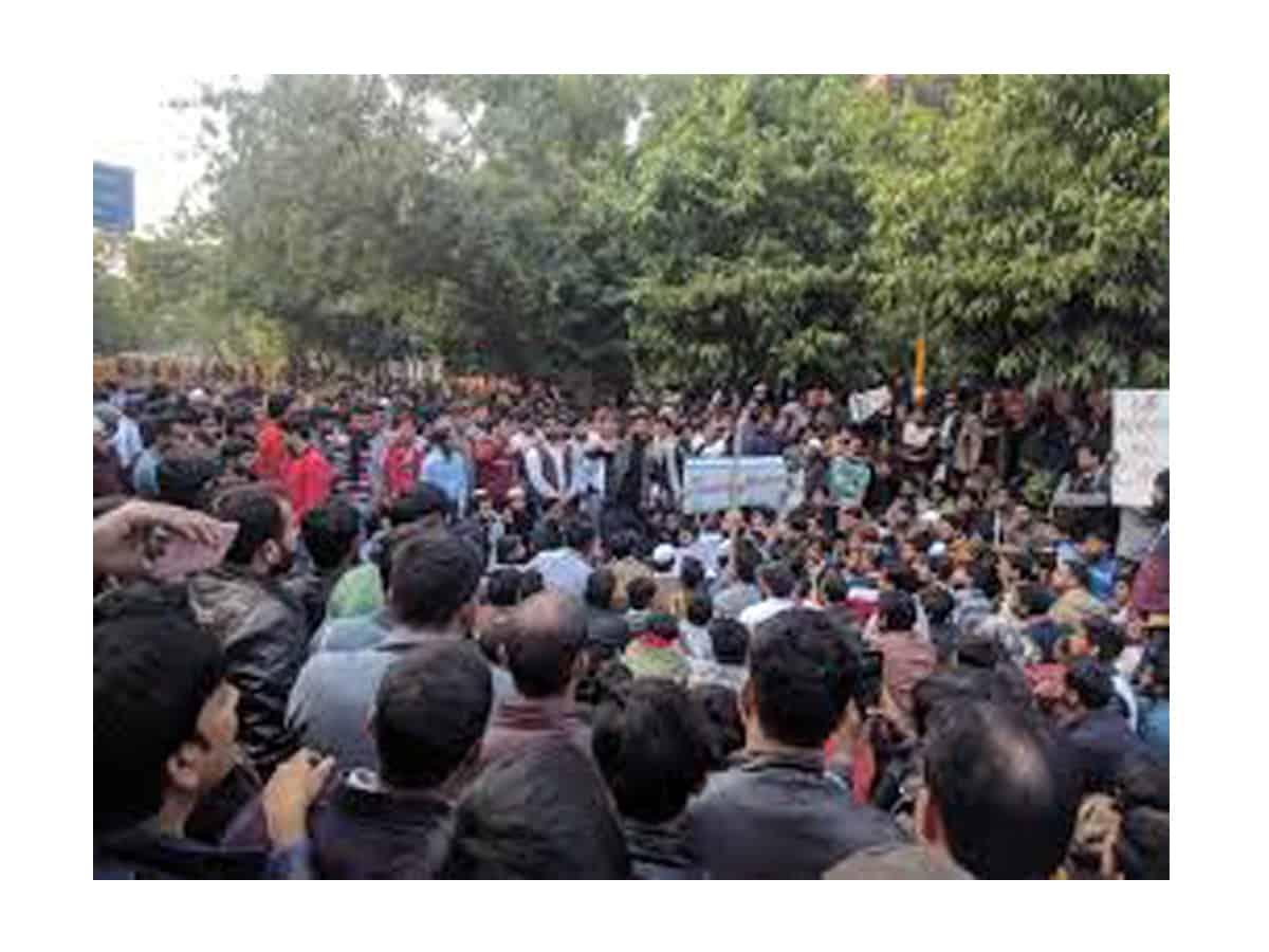 CAA : आमिर हंज़ला की हत्या मामले में हिंदू संगठनों के दो कार्यकर्ता गिरफ़्तार 5