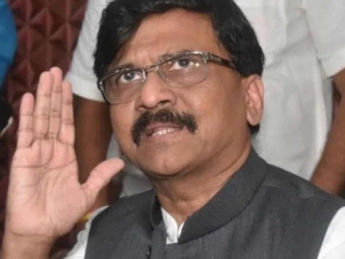 शिवसेना ने 'आज के शिवाजी नरेंद्र मोदी' किताब पर प्रतिबंध लगाने की मांग की 9