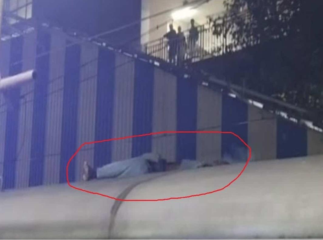 महाराष्ट्र में ट्रेन की छत पर सफ़र कर रहे यात्री की करंट लगने से मौत! 7