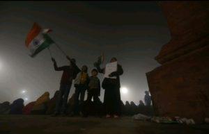 CAA-NRC: प्रदर्शनकारियों के छीने गये कंबल और खाने- पीने के सामान! 9