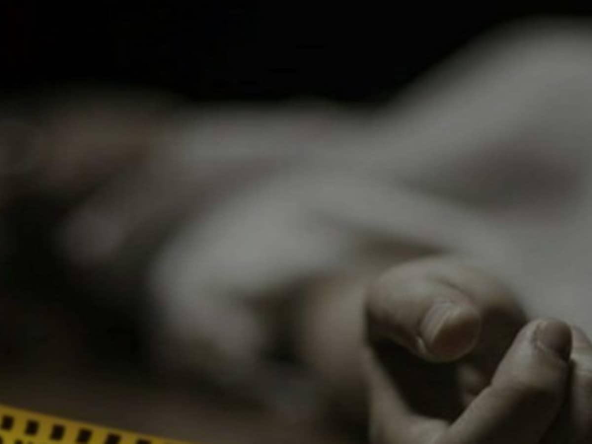 मिट्टी धँसने से तीन महिलाओं की मौत, चार संगीन तौर से ज़ख़मी 4