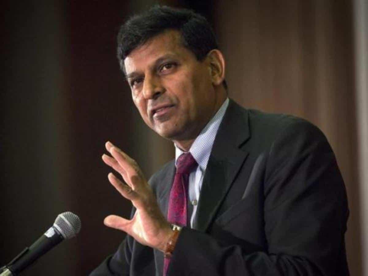 रघुराम राजन ने मोदी सरकार को चेताया, GDP के आंकड़े बर्बादी का अलार्म 1