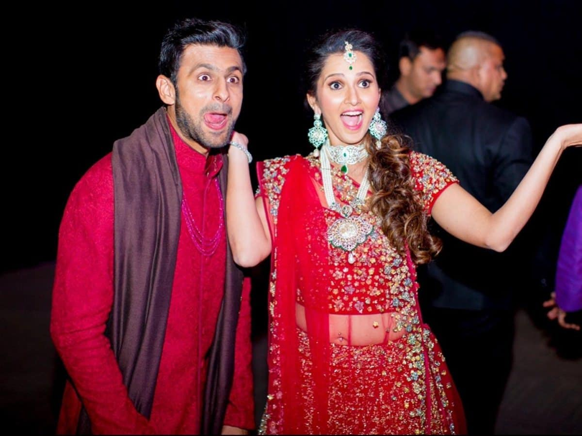 सानिया मिर्जा ने अपनी मैरिज एनिवर्सरी पर किया ट्वीट, बोलीं- शादी के एक दशक…..